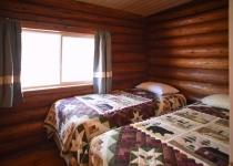 12_Bedroom2